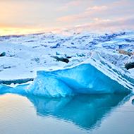 冰岛杰古沙龙冰湖