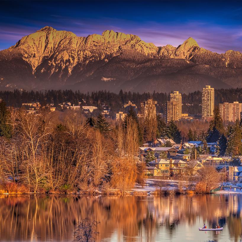 雪后鹿湖光与影