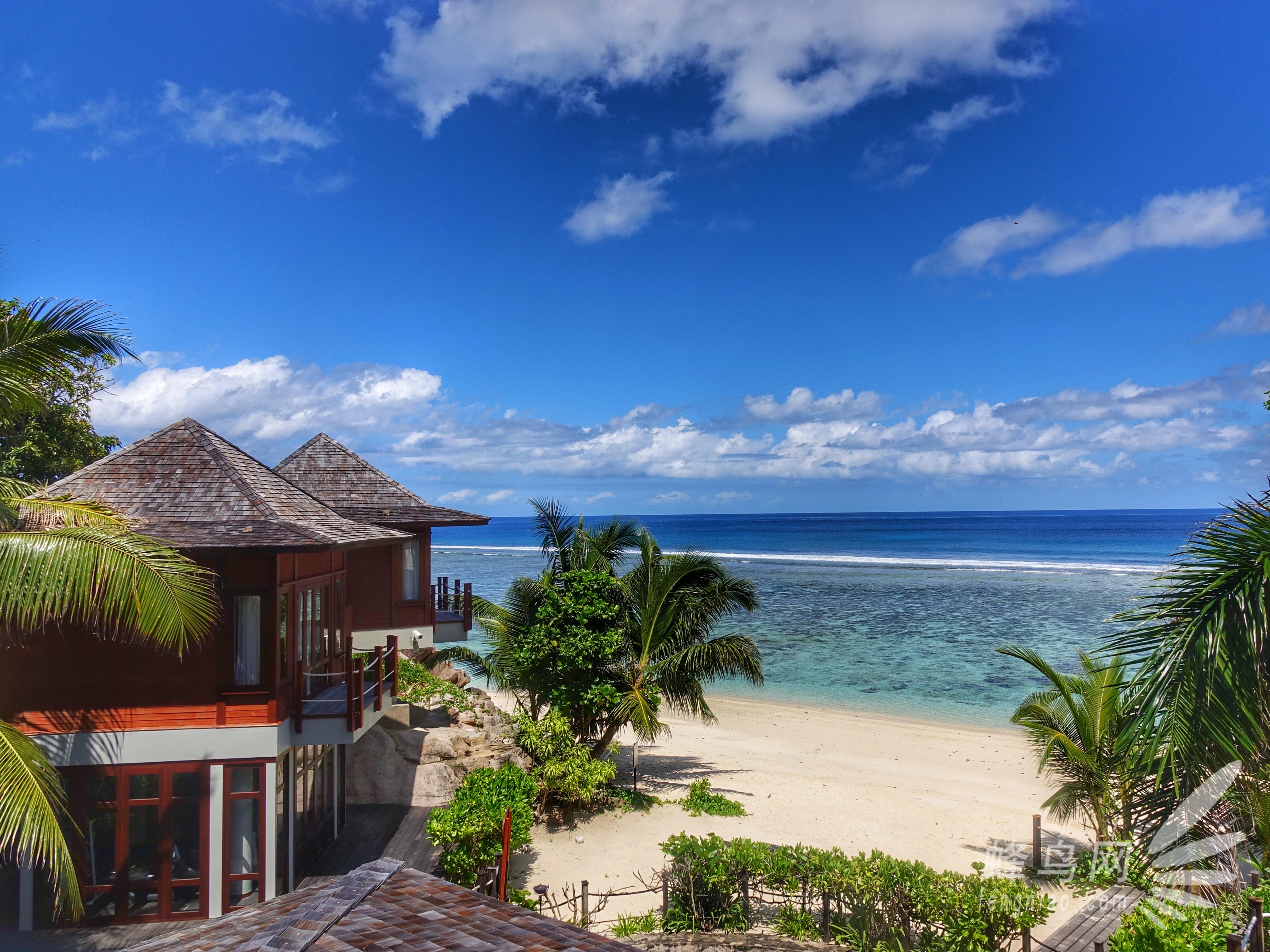 就连健身房都面朝大海,或是去spa放松身心,享受真正的海边慢生活.