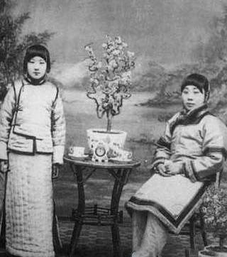 八大胡同的名妓-八大胡同的绝世秘闻 再探老北京烟花巷图片