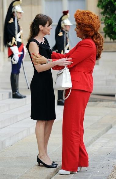 为国家而穿衣:各国第一夫人时装照比拼