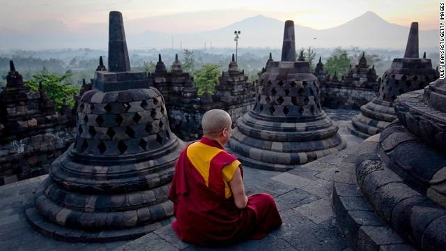 婆罗浮屠佛塔,印度尼西亚