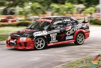 汽车运动拍摄技巧 高速运动是一种挑战