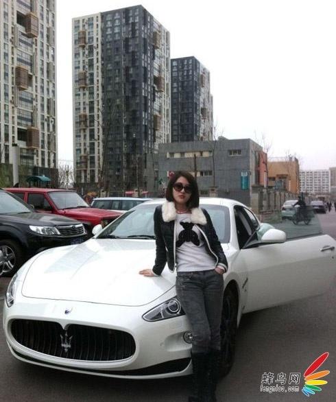 玛莎拉蒂gt了.郭美美声称这辆白色玛莎拉蒂跑车(小白)是自己高清图片