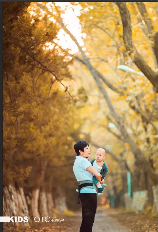 没有金黄落叶背景别怕 教你打造秋色人像美照