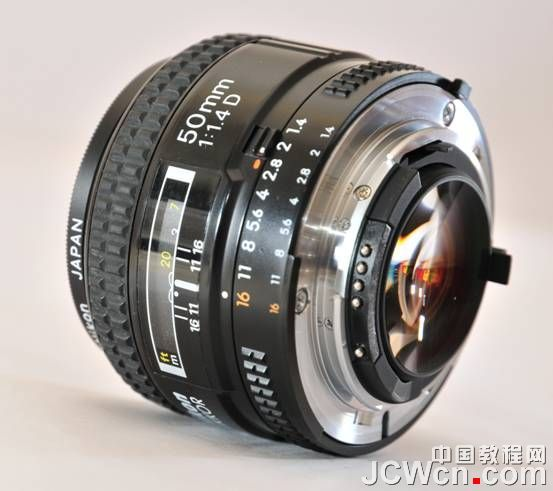 镜头超级组合法——标头反接超微距