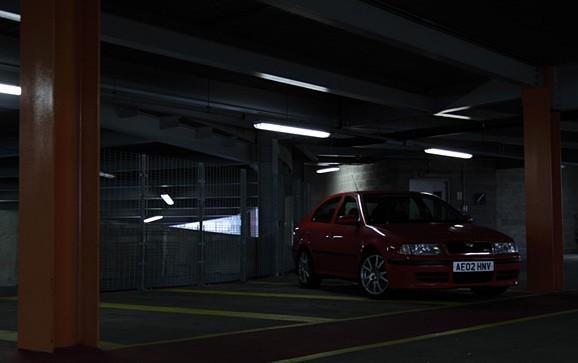 如何创作有氛围的汽车照片