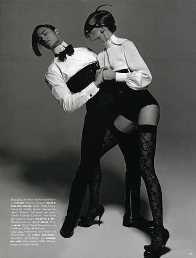 Karl Lagerfeld2010年摄影集
