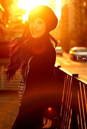 摄影师支招 夕阳逆光下如何拍好人像照片
