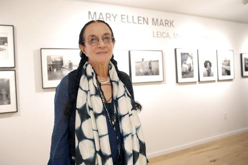 一位边缘进入者的离开:悼玛丽艾伦马克